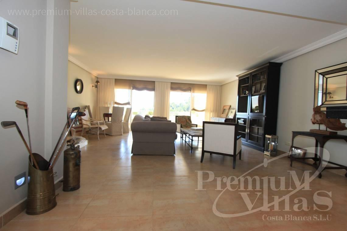- A0436 - Top gerenoveerd appartement in Panorama Hills, Altea 13