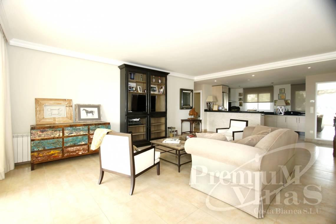 - A0436 - Top gerenoveerd appartement in Panorama Hills, Altea 5