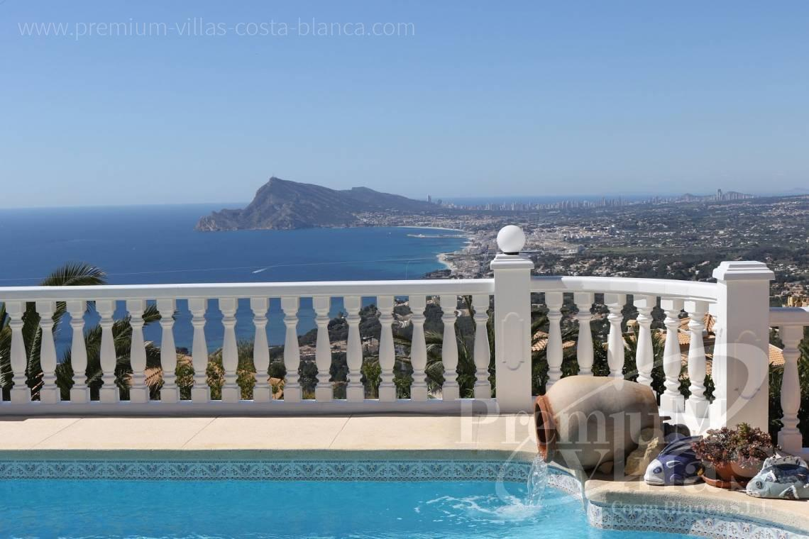 Villa te koop in Altea Costa Blanca  - C2041 - Locatie, locatie! Fantastische villa in Altea Hills 2