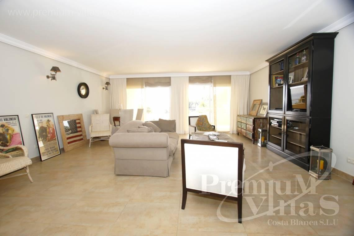 - A0436 - Top gerenoveerd appartement in Panorama Hills, Altea 17